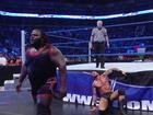 Friday Night SmackDown _ World Heavyweight Champion Randy Orton Vs. Mark Henry