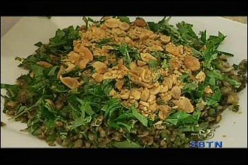 10-4-2010 Uyen Thy's Cooking - Hen Xao Xuc Banh Trang | PopScreen