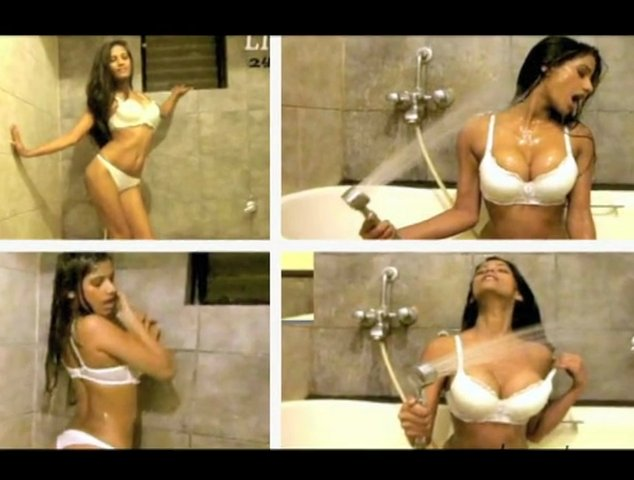 Poonam Pandey's New Christmas Cum Bikini Gift - Bollywood News