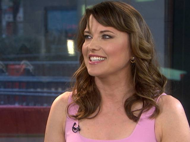 Actress Lucy Lawless: Sultry scenes in 'Spartacus' | PopScreen