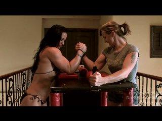 Armwrestling Hayley McNeff vs Danielle | PopScreen