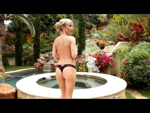 Sara jean Underwood. | PopScreen