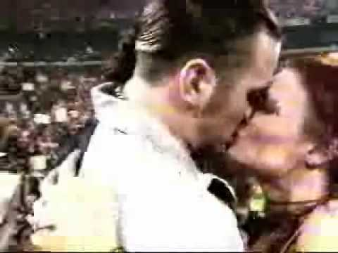 matt hardy and lita kiss | PopScreen