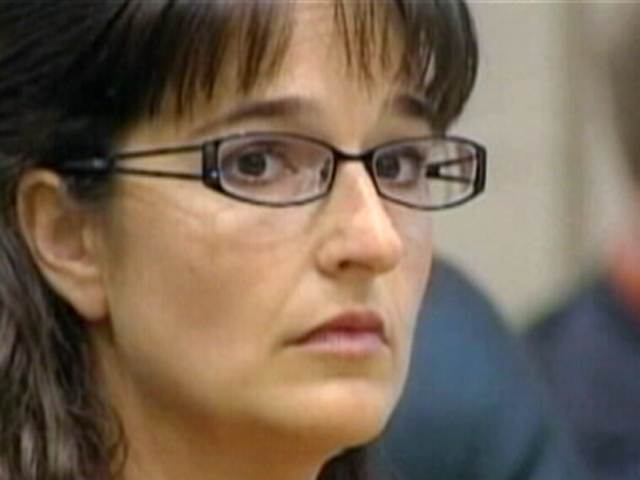 Teacher pleads insanity in student sex scandal | PopScreen