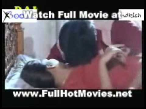 Hot Mallu Aunty In Kissing Scene Sona Sey