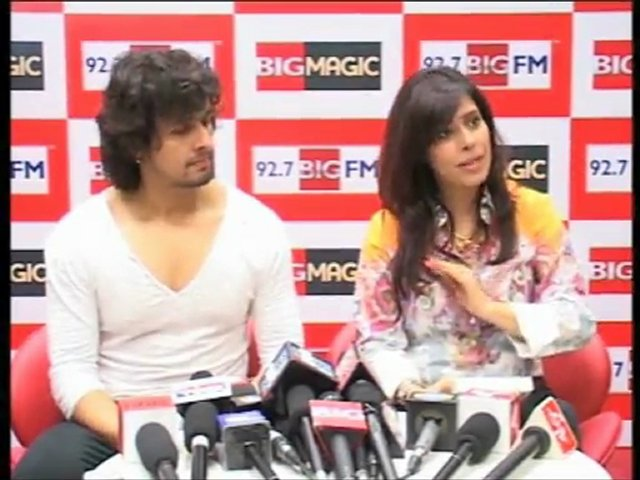 Sonu Nigam Launches Perfect World Book